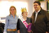 El concejal de Bienestar Social asiste a la coronación de la reina del Servicio de Estancias Diurnas para Alzheimer