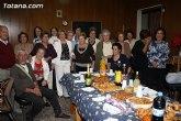 La concejal de Mujer e Igualdad de Oportunidades visita las nuevas dependencias de la Asociación de Amas de Casa y Usuarios las 'Tres Ave Marías'