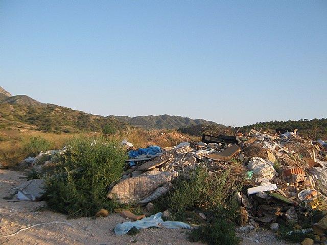 Ecologistas en Acción denuncia un nuevo vertedero ilegal junto al LIC del río Chícamo - 2, Foto 2