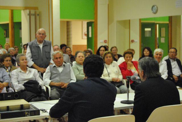 García Ruiz mantuvo una reunión informativa con los vecinos de Lo Pagán - 1, Foto 1
