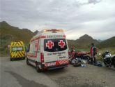 Cruz roja de Águilas asiste un grave accidente de tráfico con dos politraumatizados en la carretera rm 332
