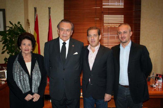 Manuel Muñoz Hidalgo cede al ayuntamiento todo su importante legado de cuadros - 1, Foto 1