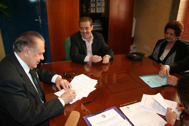 Manuel Muñoz Hidalgo cede al ayuntamiento todo su importante legado de cuadros - 2, Foto 2