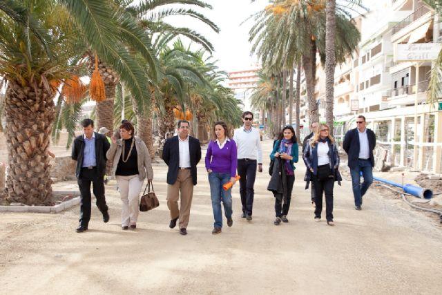 Las obras de los paseos marítimos Francisco Martínez Muñoz y el Rihuete avanzan a buen ritmo, Foto 1