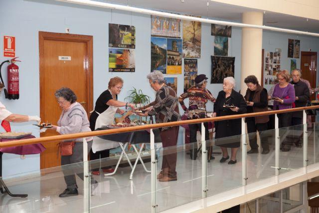 ´Autonomías de España´ abre el XVIII aniversario del Centro de Día de Puerto de Mazarrón - 2, Foto 2