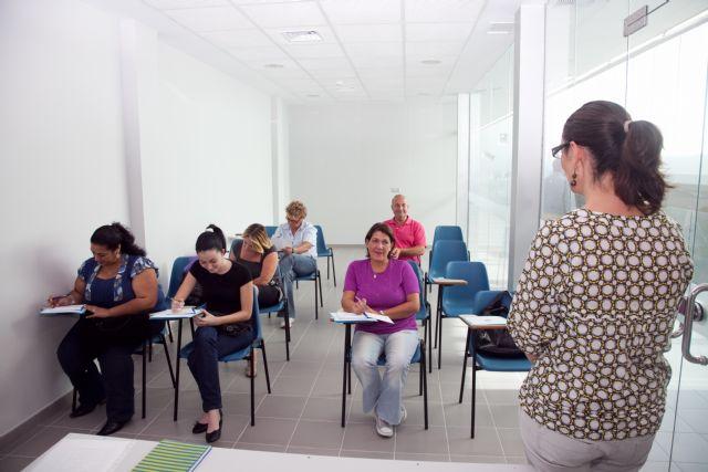 ¡Inscríbete ya en el curso ´Fiscalidad de autónomos´!, Foto 1