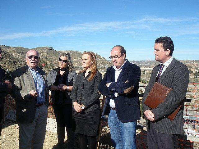 Las obras de adecuación del entorno del Castillo de Puerto Lumbreras, en su recta final - 1, Foto 1