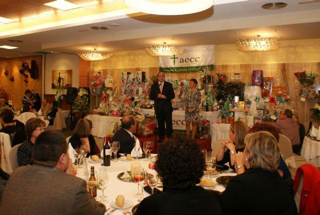 La cena benéfica de la Asociación Contra el Cáncer de Puerto Lumbreras congregó a más de 300 personas - 1, Foto 1