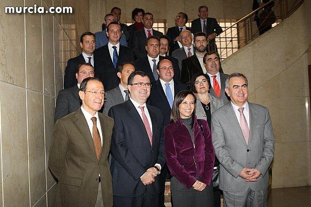 El alcalde suscribe el acuerdo con la secretaria de Estado de Vivienda y la Comunidad Autónoma, Foto 5
