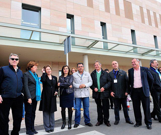 El alcalde visita el Hospital de Santa Lucía, Foto 1