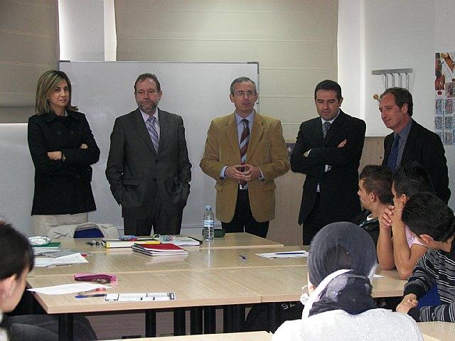 Sotoca inaugura en Archena un taller de empleo que formará a 24 desempleados - 1, Foto 1