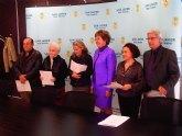 El Carnaval de Santiago de La Ribera firma un convenio económico con el ayuntamiento