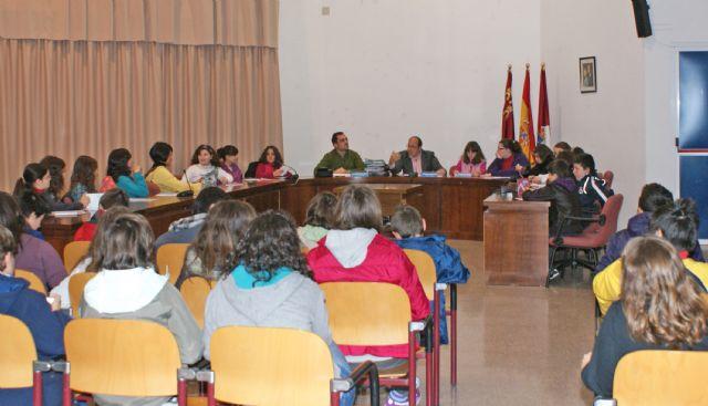 Cerca de 200 participan en los Plenos Infantiles junto al Alcalde de la localidad - 3, Foto 3