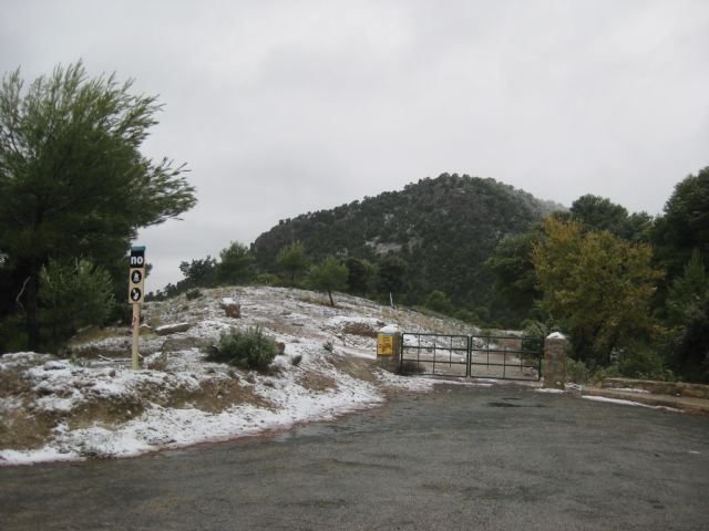 The snow has begun to congeal from the Collado del Pilon height and area 13, Espuña EVA, Foto 2