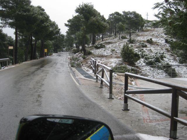La nieve ha empezado a cuajar a partir de la altura del Collado del Pilón y en la zona del EVA 13 de Sierra Espuña - 3, Foto 3