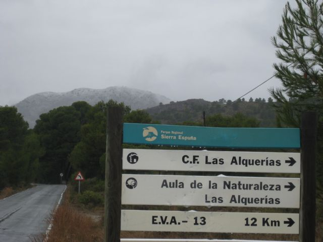 The snow has begun to congeal from the Collado del Pilon height and area 13, Espuña EVA, Foto 4