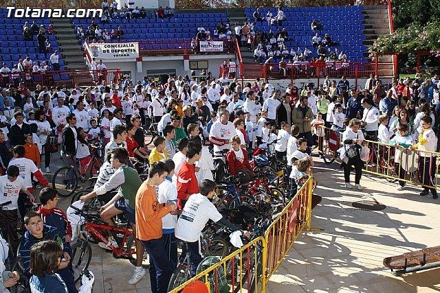 Más de 800 personas participaron ayer en el tradicional Día de la Bicicleta - 1, Foto 1