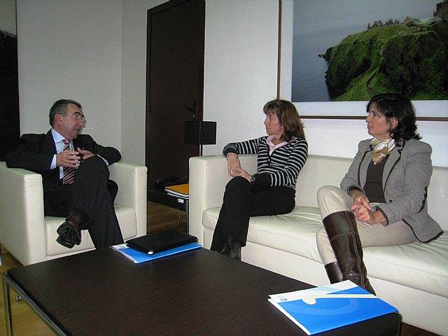 Reunión del consejero de Justicia y Seguridad Ciudadana y el Colegio de Psicólogos - 1, Foto 1