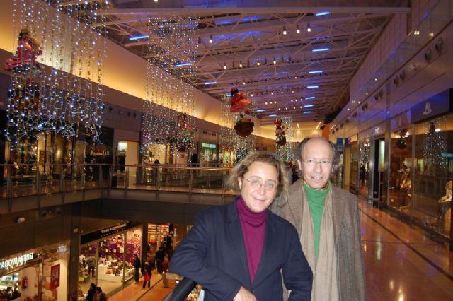Victorio & Lucchino decoran la Navidad del centro comercial Nueva Condomina - 1, Foto 1