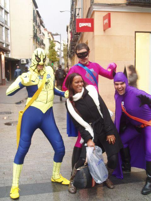 ´Los Superhéroes también usan condón´ - 3, Foto 3