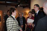 El consulado británico reunió a un centenar de ciudadanos en San Javier en un encuentro  informativo