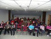 Un total de 50 personas asisten a un taller de cuidadores de personas dependientes que se está impartiendo