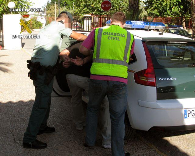 La Guardia Civil detiene a una persona dedicada a cometer robos con fuerza en viviendas habitadas - 1, Foto 1