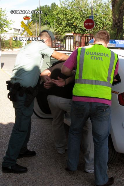 La Guardia Civil detiene a una persona dedicada a cometer robos con fuerza en viviendas habitadas - 2, Foto 2