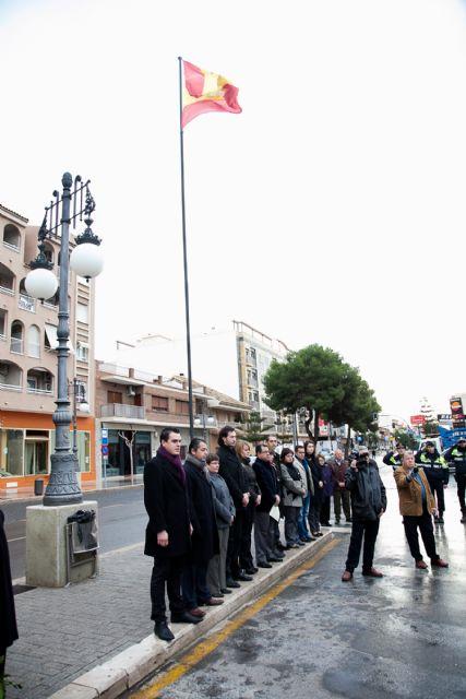 Celebración del trigésimo segundo aniversario de la Constitución Española, Foto 1
