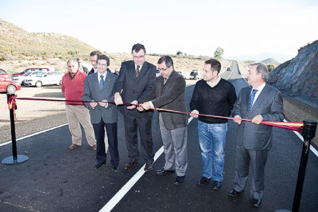 Obras públicas elimina dos puntos negros de la carretera que comunica Mazarrón y Lorca, Foto 1