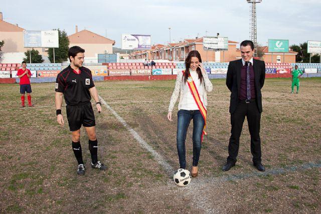 Los juveniles del Mazarrón Club de Fútbol celebran su partido más simbólico, Foto 1