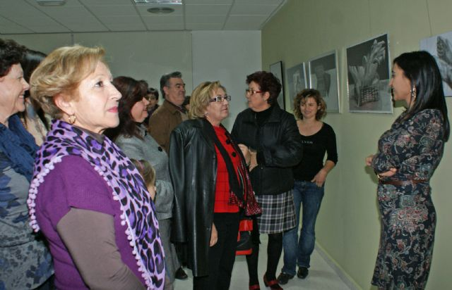 Mujeres lumbrerenses exponen sus trabajos artísticos elaborados a través del Taller de Pintura - 1, Foto 1