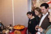 Cientos de personas degustan platos típicos de Argentina, Marruecos, Ecuador, Perú y España en el encuentro gastronómico 'Manjares'