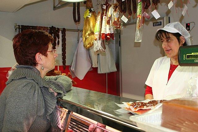 Begoña García Retegui insta al Gobierno regional a que escuche y apoye a las asociaciones de comerciantes, Foto 2