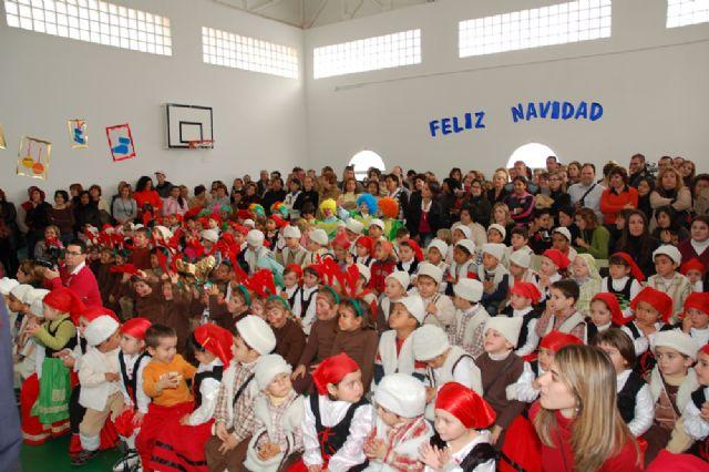 Los escolares ultiman sus trabajos de navidad, Foto 1