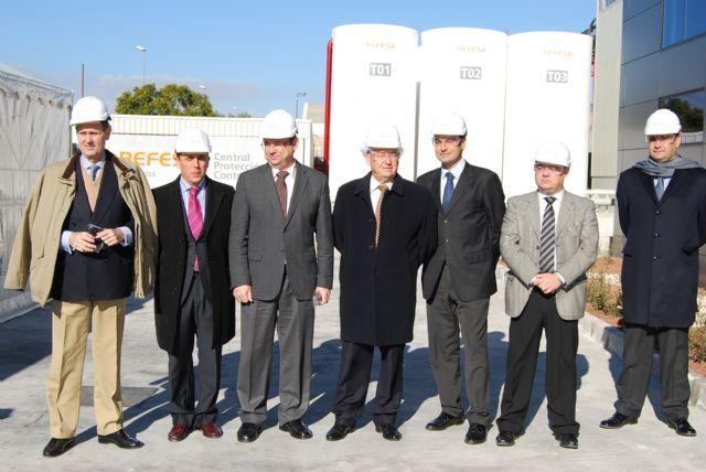 El alcalde de Alhama asiste a la ampliación Befesa, empresa del Parque Industrial de Alhama, Foto 2