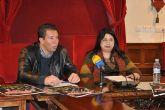 Servicios Sociales y Acomul lanzan la campaña de recogida de alimentos La Bolsa Solidaria