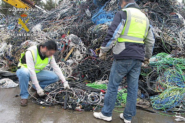 La Guardia Civil desmantela una banda juvenil dedicada a la sustracción de cable de cobre - 1, Foto 1