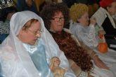 Los usuarios de la residencia 'La Purísima' reciben la Navidad con una representación teatral y villancicos
