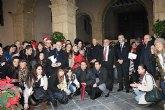 Los alumnos de la UCAM felicitan la Navidad al Obispo de Cartagena