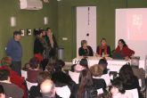 La escritora lumbrerense Teresa Navarro presentó su nuevo cuento 'La Rebelión de las formas'