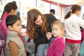 Cerca de un centenar de niños disfrutan de los juegos tradicionales en Alguazas