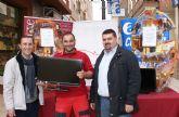 El Ayuntamiento de Puerto Lumbreras en colaboración con ASEPLU, sortean cestas de navidad entre los clientes de los comercios locales