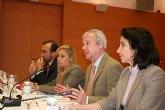 Valcárcel subraya que 'pese a la crisis, el Gobierno regional no ha mermado los esfuerzos para garantizar el interés general'