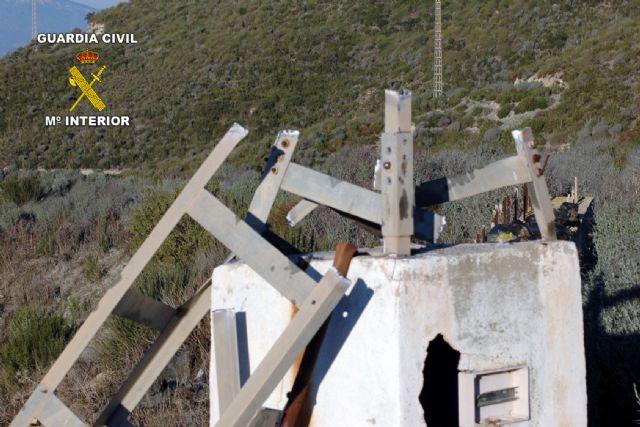 La Guardia Civil detiene a tres personas como presuntos autores de los delitos de hurto y daños - 3, Foto 3