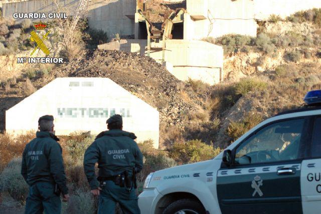 La Guardia Civil detiene a tres personas como presuntos autores de los delitos de hurto y daños - 4, Foto 4