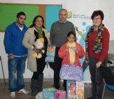 Jóvenes del PP de Puerto Lumbreras repartieron juguetes en más de un centenar de familias desfavorecidas