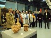 Cultura restaura nueve lienzos de los siglos XVII al XX y tres piezas de cerámica procedentes del Cabezo del Tío Pío de Archena