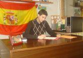 Socios de la Asociación Juvenil JOVAL de Alguazas entrevistan a su presidente, Jose Gabriel García Bernabé