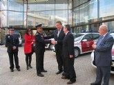 La Comunidad entrega al municipio de La Unión un nuevo vehículo para la Policía Local
